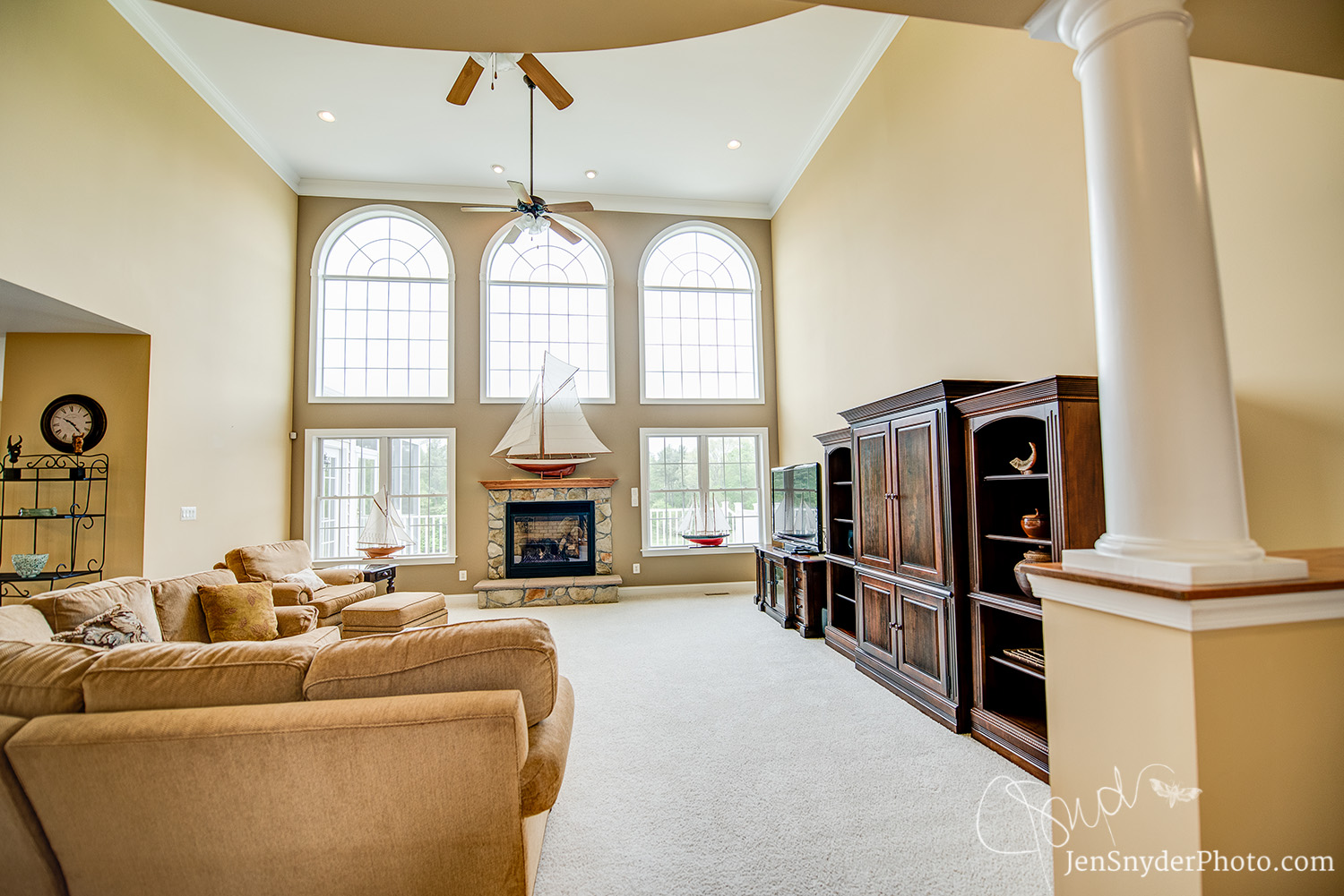 maryland professional real estate photography by Jen Snyder in Harford County http://www.jensnyderphoto.com