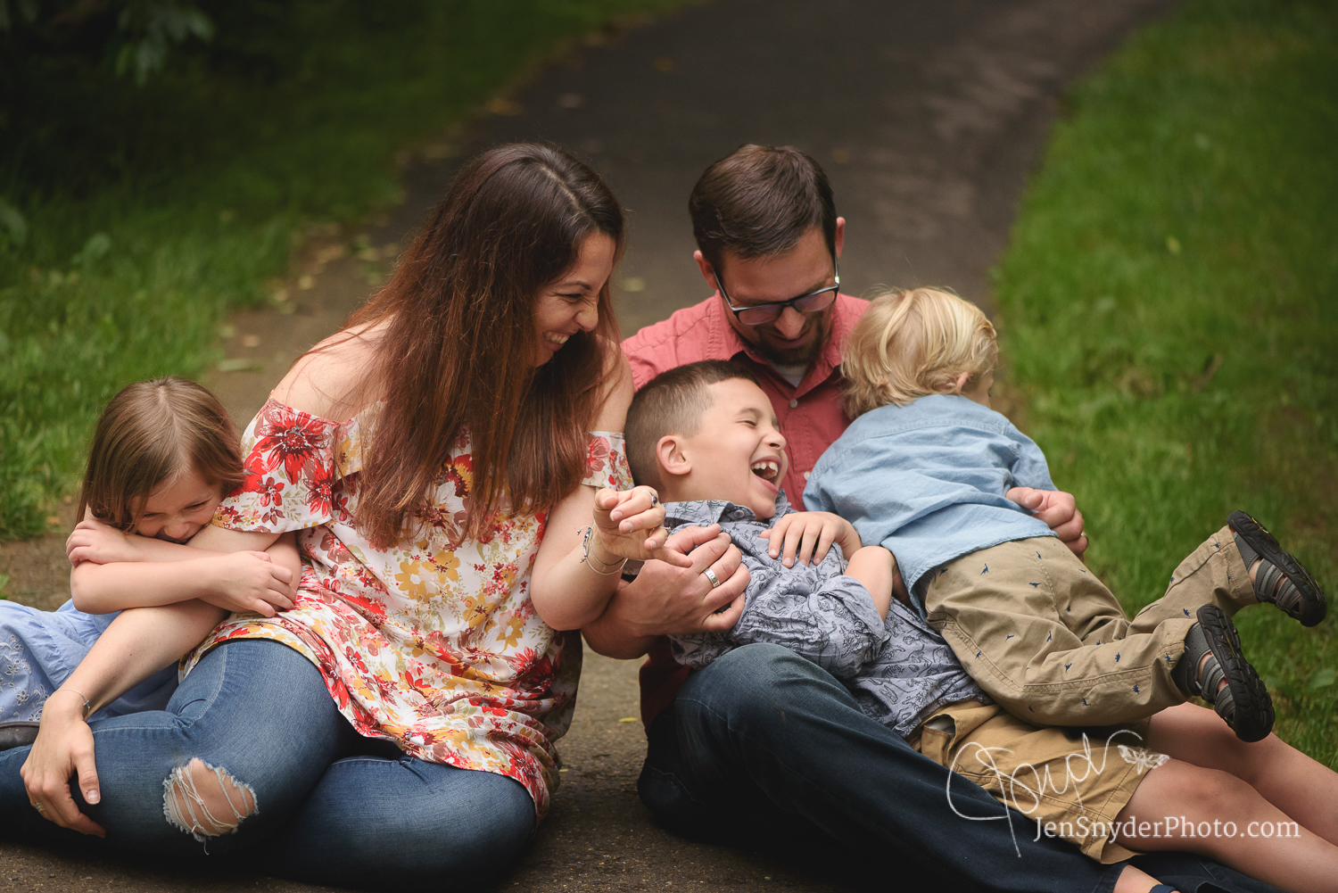 Professional Family Photographer in Bel Air, MD Jen Snyder http://www.jensnyderphoto.com
