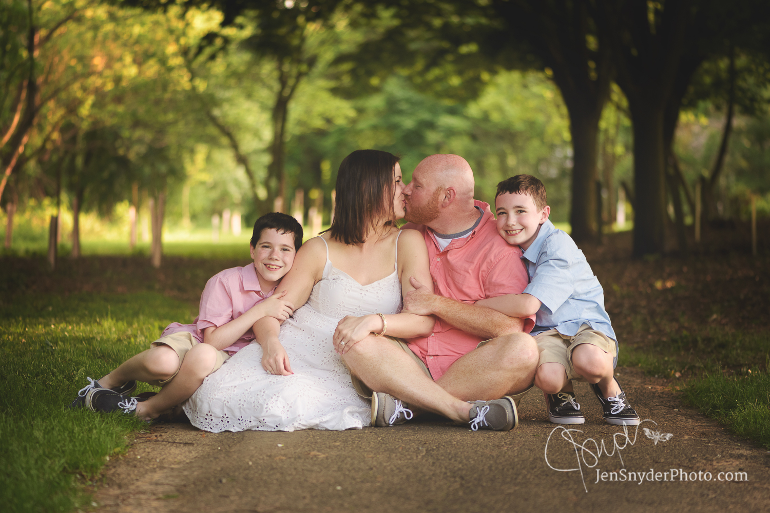 Bel Air, MD family photographer Jen Snyder http://www.jensnyderphoto.com