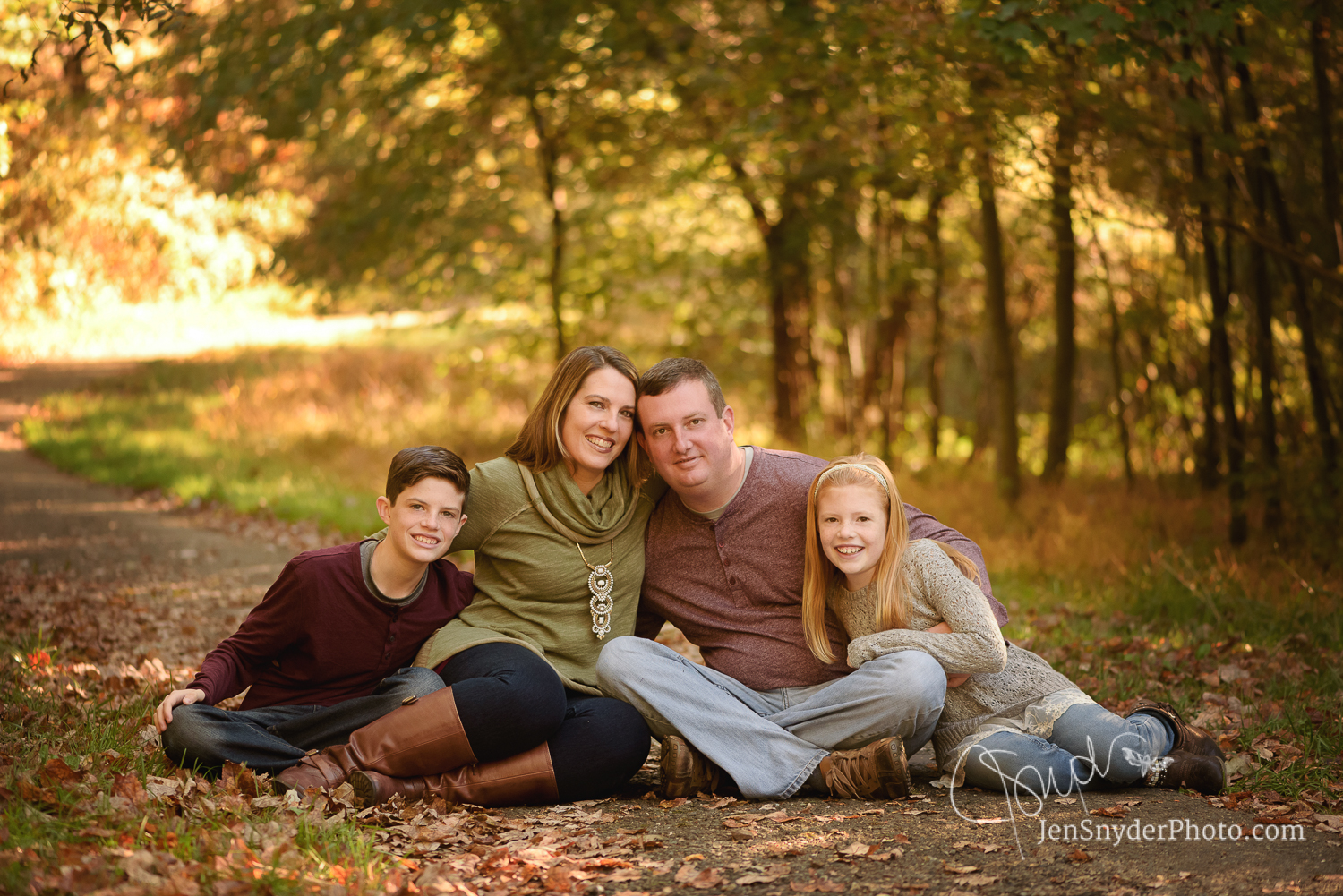 Bel Air MD family portrait photography by Jen Snyder http://www.jensnyderphoto.com